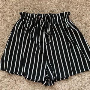 striped tie shorts🌟